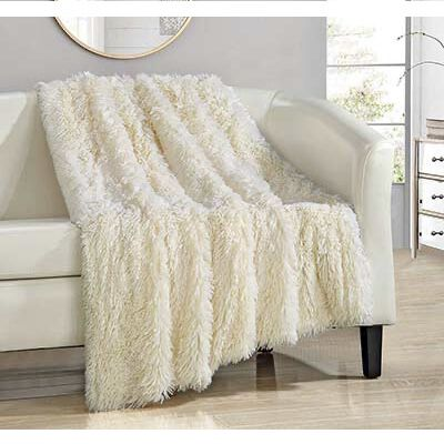 #5. Chic Home Throw Blanket