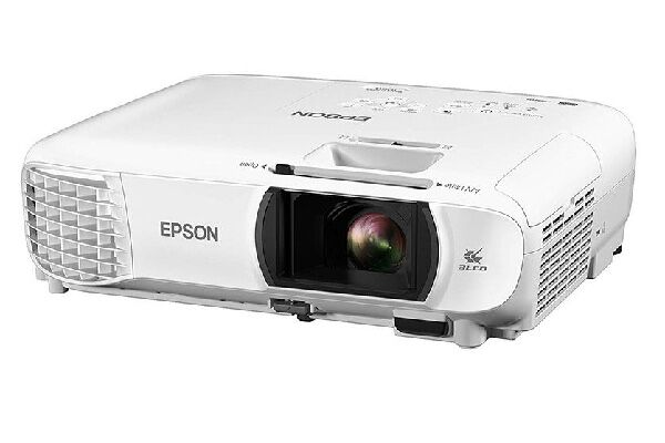 3. Epson Home Cinema 3,100 lumens Projector with In-built speakers