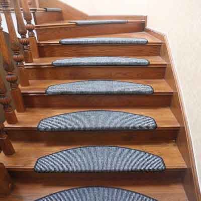 #3. Qingbei Rina 14 pieces Non-Slip Stair Tread Mats (Black and Gray).