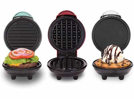 #6. Dash DGMS03GBCL Mini Maker Grill, Griddle+ Waffle Iron